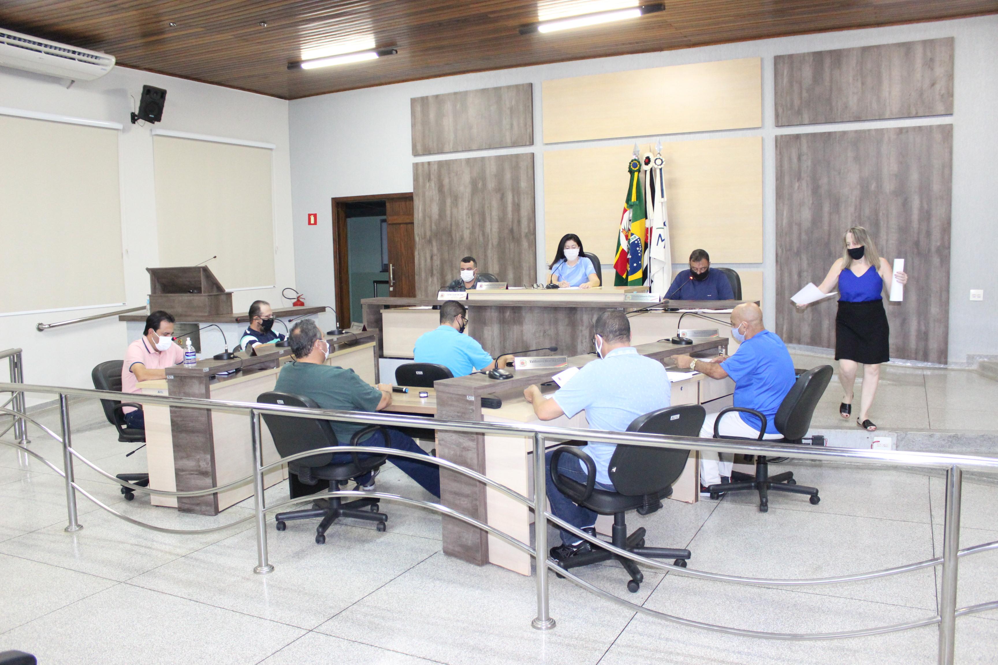 Covid-19: Vereadores aprovam projeto que autoriza Ariranha integrar consórcio para compra direta de vacinas